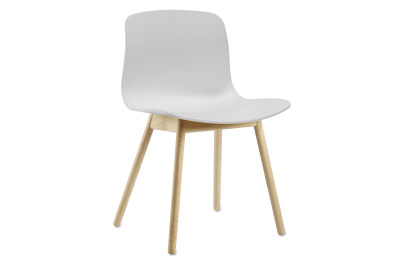 About A Chair AAC12 Lacquered Oak, White