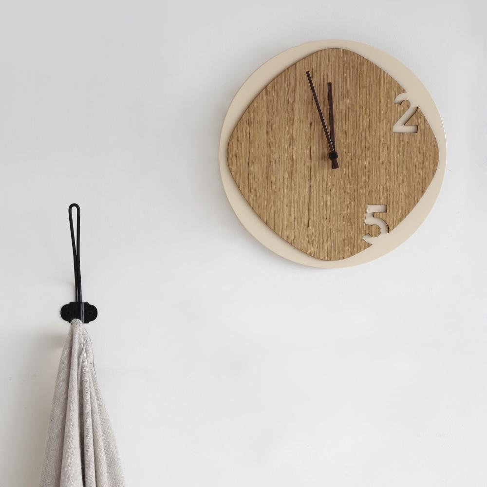 Clock25 beige / wood