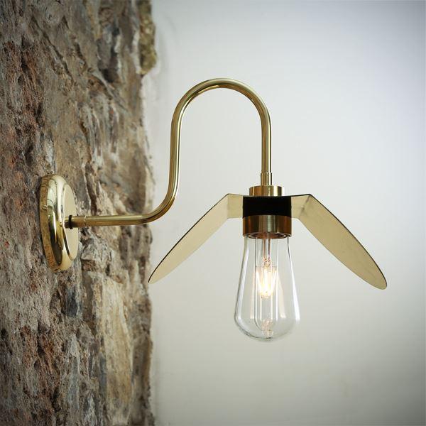 Hali Swan Neck Wall Light Polished Brass