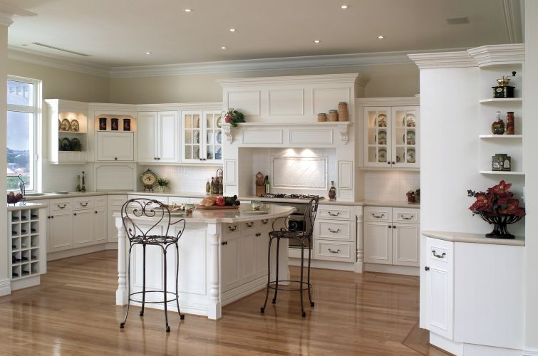 Lovely L-Shaped Country Kitchens on Clippings