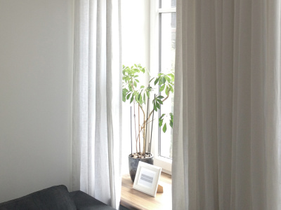 white linen curtains by Lovely Home Idea